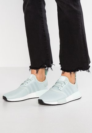 NMD R1 - Sneakers basse - vapour green/ice mint