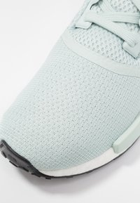 adidas Originals - NMD R1 - Joggesko - vapour green/ice mint - 2