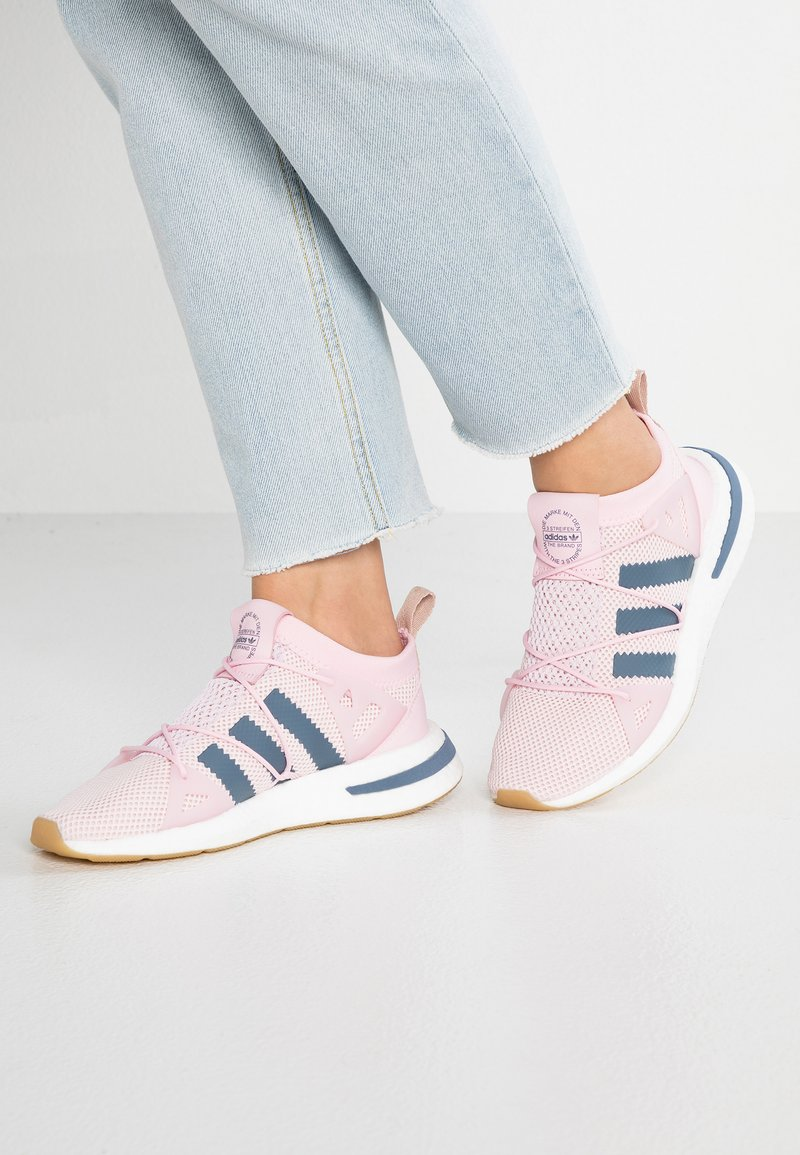 adidas Originals - ARKYN - Matalavartiset tennarit - clear pink/raw steel/footwear white