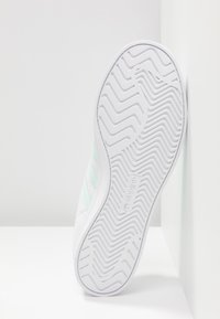 adidas Originals - COAST STAR STREETWEAR-STYLE SHOES - Sneakers - footwear white/ice mint - 6