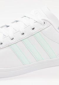 adidas Originals - COAST STAR STREETWEAR-STYLE SHOES - Sneakers - footwear white/ice mint - 2