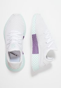 adidas Originals - DEERUPT RUNNER - Joggesko - footwear white/grey one/clear mint - 3