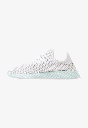 DEERUPT RUNNER - Sneakersy niskie - footwear white/grey one/clear mint