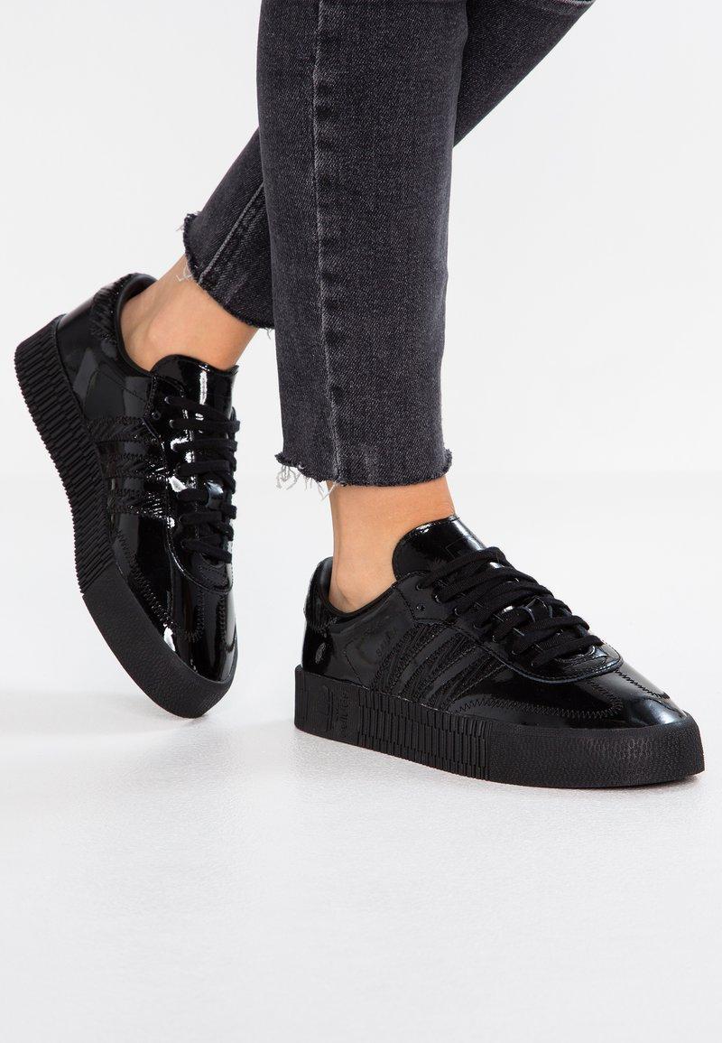 adidas Originals - SAMBAROSE - Sneaker low - core black
