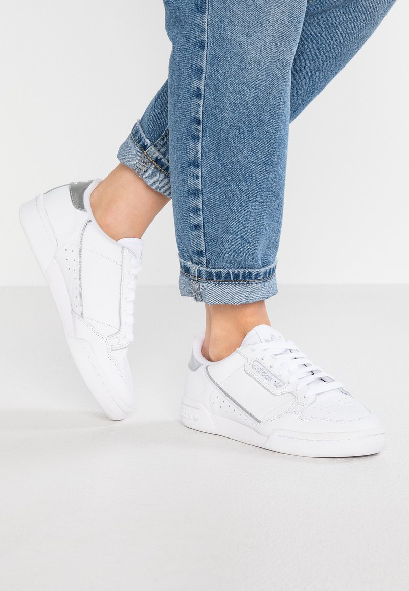 adidas Originals - CONTINENTAL 80 - Trainers - footwear white/silver metallic
