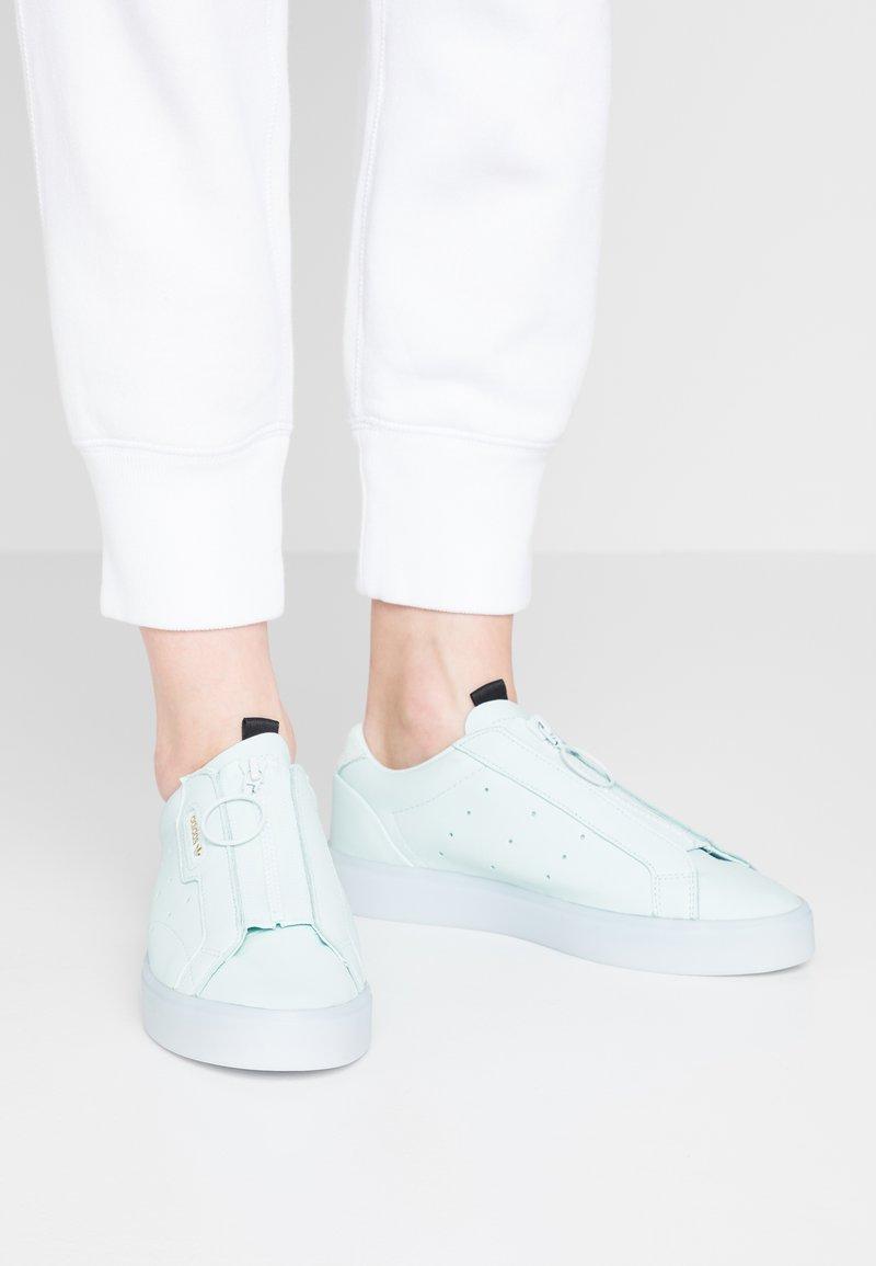 adidas Originals - SLEEK Z - Trainers - ice mint/aero blue