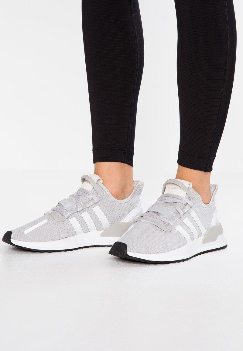 adidas Originals - PATH RUN - Trainers - light solid grey/footwear white/core black