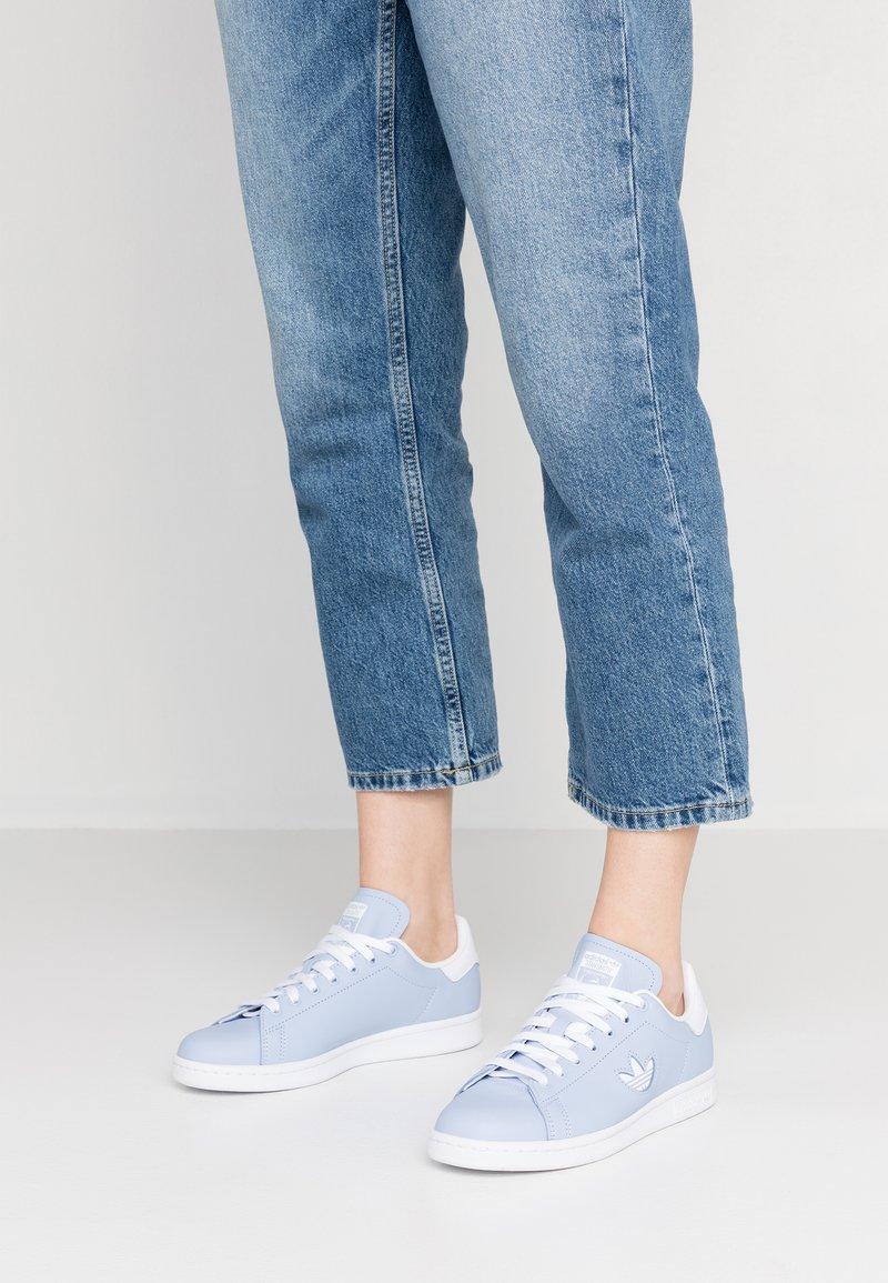 adidas Originals - STAN SMITH - Sneakers - periwinkle/footwear white