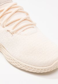 adidas Originals - PW TENNIS - Trainers - ecru tint/cloud white/core black - 2