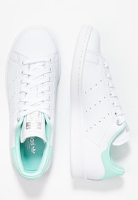 adidas Originals - STAN SMITH - Sneaker low - footwear white/silver metallic/clear mint - 3