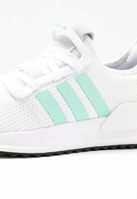 adidas Originals - PATH RUN  - Sneakers laag - footwear white/clear mint/core black - 2