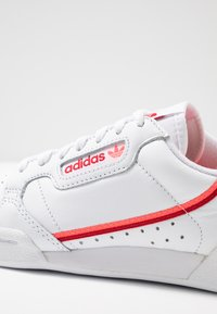 adidas Originals - CONTINENTAL 80 - Sneakers basse - footwear white/scarlet/flash red - 2