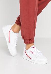 adidas Originals - CONTINENTAL 80 - Sneakers basse - footwear white/scarlet/flash red - 0
