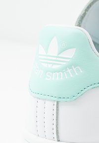 adidas Originals - STAN SMITH - Sneaker low - footwear white/frozen mint - 2