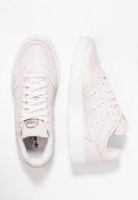 adidas Originals - SUPERCOURT - Sneaker low - orchid tint/crystal white - 3
