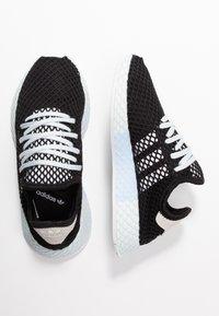 adidas Originals - DEERUPT RUNNER - Trainers - core black/footwear white/blue tint - 3