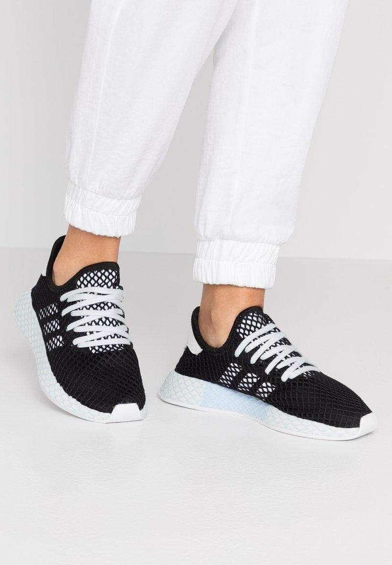 adidas Originals - DEERUPT RUNNER - Trainers - core black/footwear white/blue tint