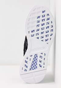 adidas Originals - DEERUPT RUNNER - Trainers - core black/footwear white/blue tint - 6