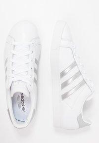 adidas Originals - COAST STAR - Sneakersy niskie - footwear white/silver metallic/core black - 3