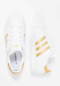 adidas Originals - COAST STAR - Baskets basses - footwear white/gold metallic/core black - 3