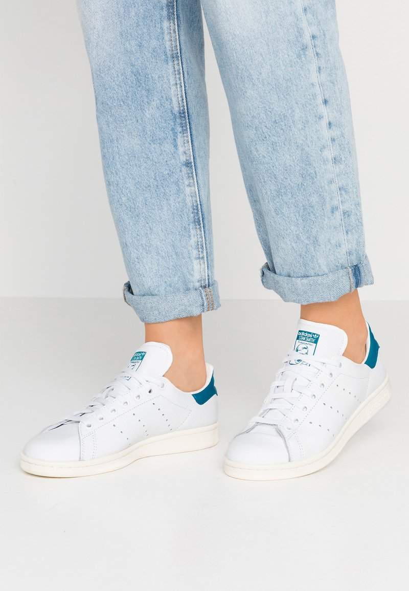 adidas Originals - STAN SMITH - Baskets basses - footwear white/active teal/offwhite