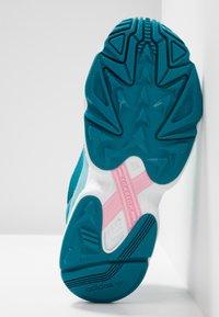 adidas Originals - FALCON - Joggesko - blue tint/light aqua/ash grey - 6