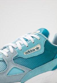 adidas Originals - FALCON - Matalavartiset tennarit - blue tint/light aqua/ash grey - 2
