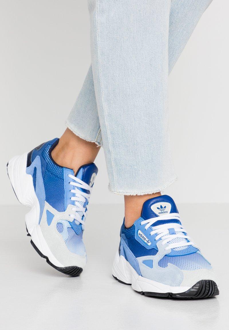 adidas Originals - FALCON - Joggesko - blue tint/glow blue/real blue