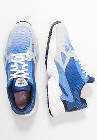 adidas Originals - FALCON - Joggesko - blue tint/glow blue/real blue - 3