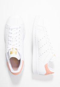 adidas Originals - STAN SMITH - Sneaker low - footwear white/glow pink - 3