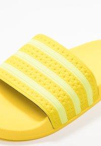 adidas Originals - ADILETTE - Slip-ins - yellow/semi frozen - 2