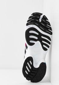 adidas Originals - EQT GAZELLE - Sneakers - crystal white/core black/shock pink - 8