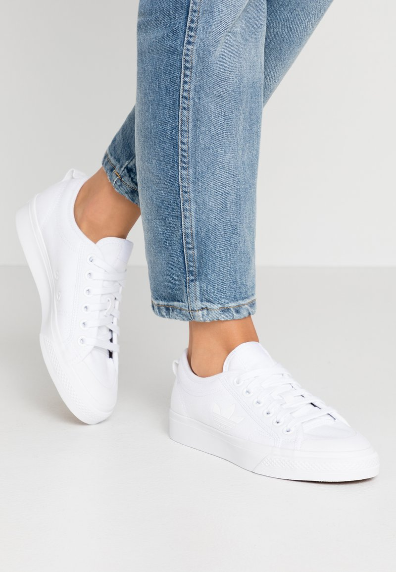 adidas Originals - NIZZA TREFOIL - Trainers - footwear white