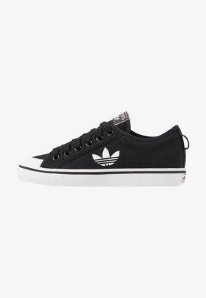 NIZZA TREFOIL - Sneakers basse - clear black/footwear white/crystal white