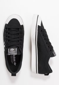 adidas Originals - NIZZA TREFOIL - Trainers - clear black/footwear white/crystal white - 3