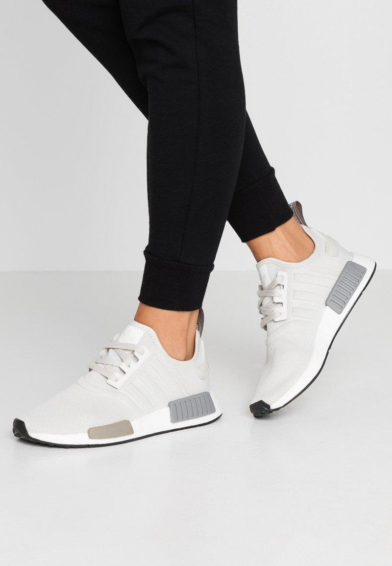 adidas Originals - NMD_R1 - Sneaker low - raw white/core black