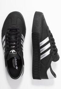 adidas Originals - SAMBAROSE - Sneakersy niskie - core black/silver metallic - 3