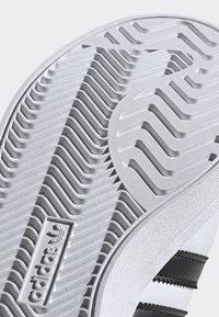 adidas Originals - COAST STAR SHOES - Sneakers - white - 8