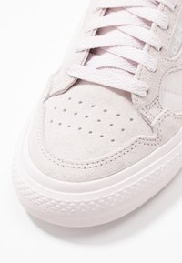 adidas Originals - CONTINENTAL VULCANIZED SKATEBOARD SHOES - Zapatillas - orchid tint - 2