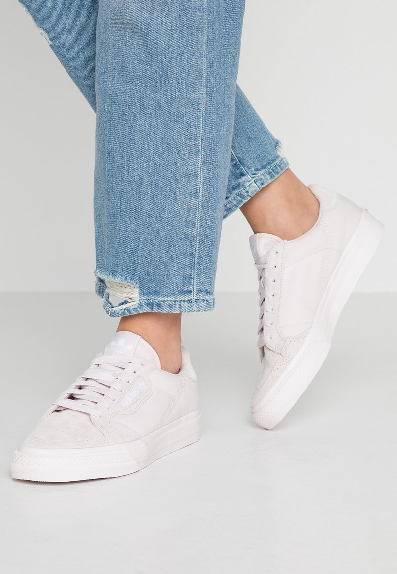 adidas Originals - CONTINENTAL VULCANIZED SKATEBOARD SHOES - Sneakers basse - orchid tint