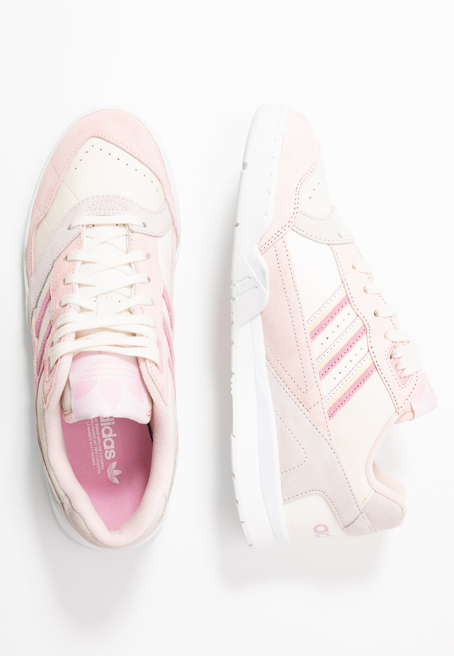 adidas Originals A.R. TRAINER - Trainers - core white/true pink/orchid tint