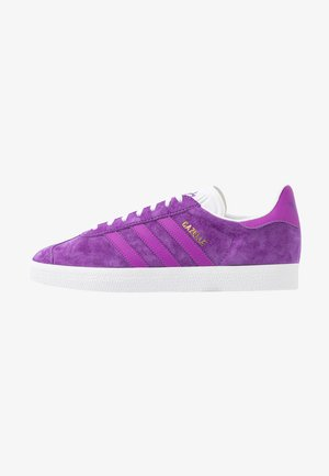 GAZELLE - Sneakers basse - active purple/shock purple/footwear white