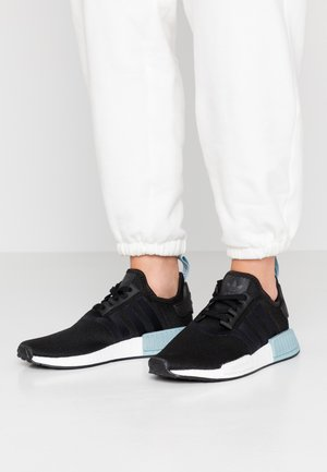 NMD_R1 - Sneaker low - clear black/ash grey