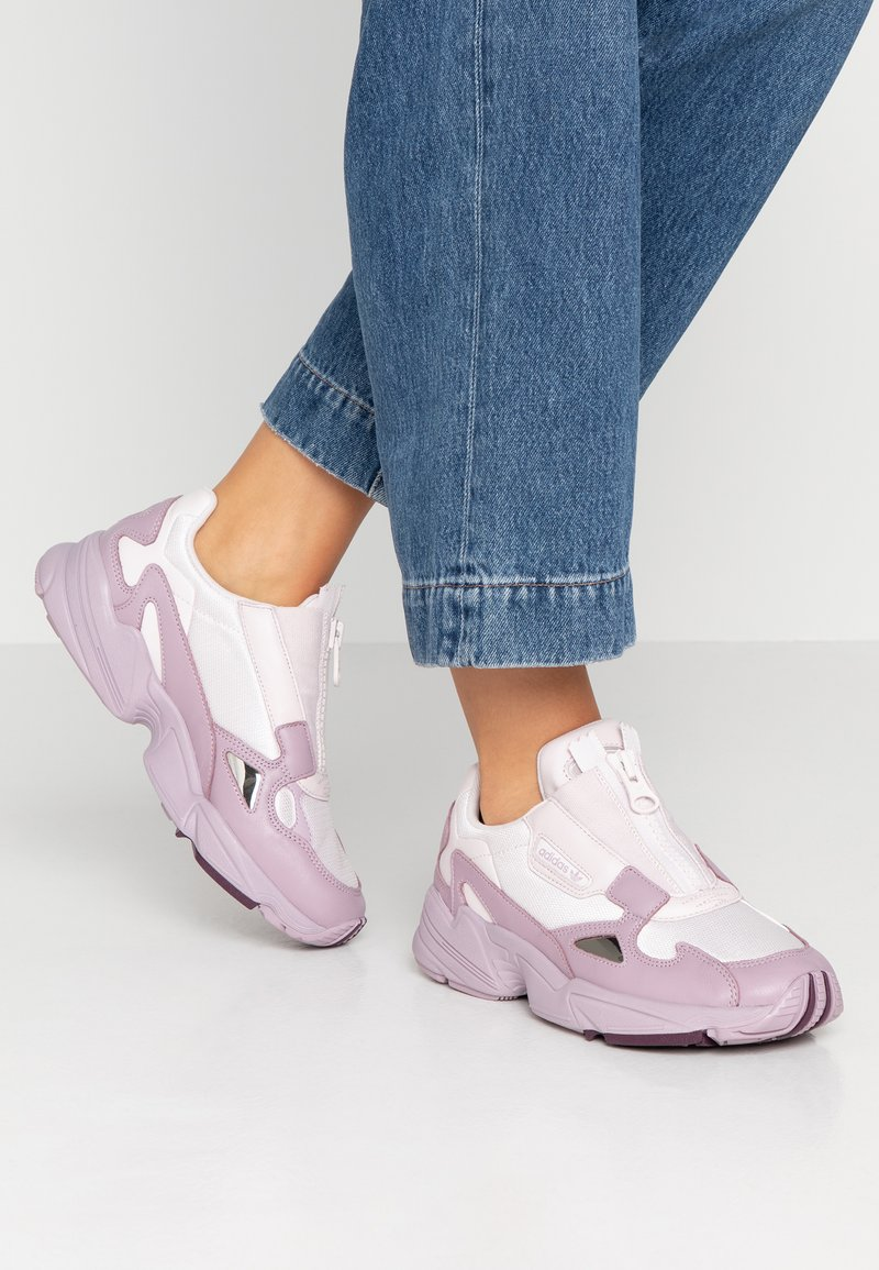 adidas Originals - FALCON ZIP - Trainers - orchid tint/soft vision/purple beauty
