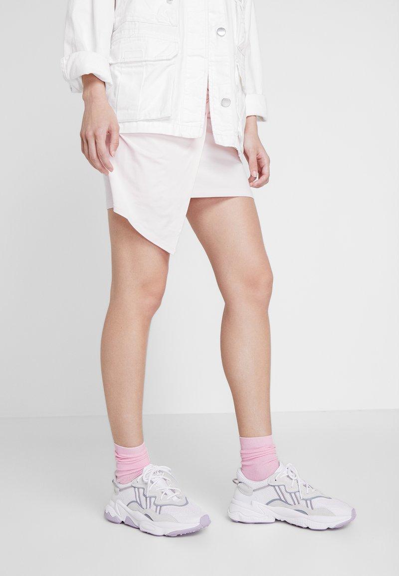 adidas Originals - OZWEEGO ADIPRENE+ RUNNING-STYLE SHOES - Trainers - footwear white/grey three/soft vision