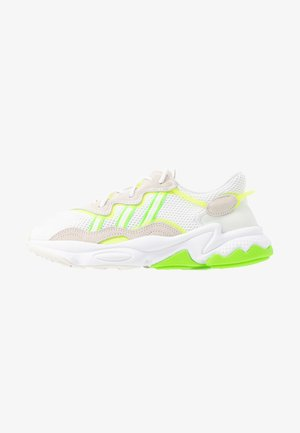 OZWEEGO ADIPRENE+ RUNNINIG-STYLE SHOES - Zapatillas - footwear white/super yellow/super green