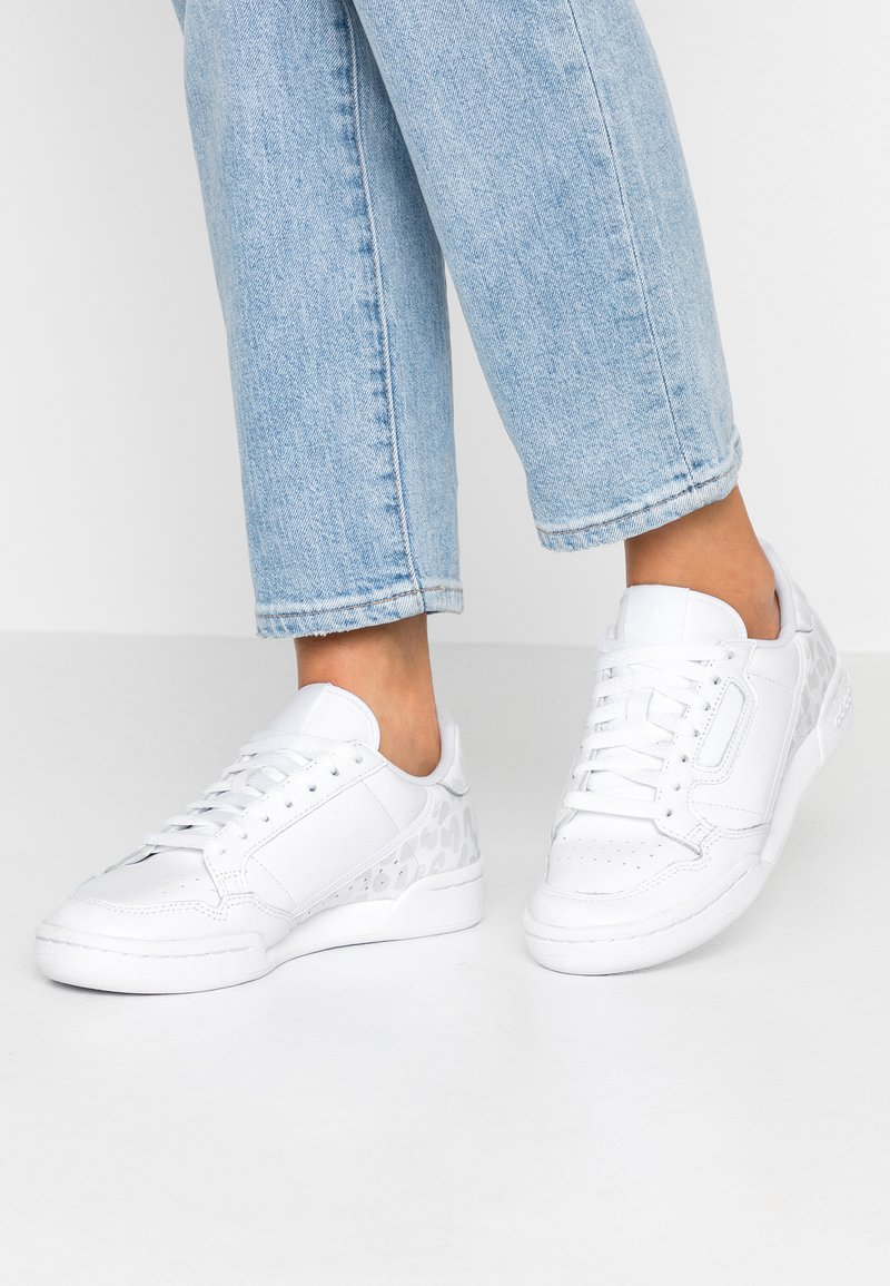 adidas Originals - CONTINENTAL 80 SKATEBOARD SHOES - Sneakers laag - footwear white/crystal white/core black