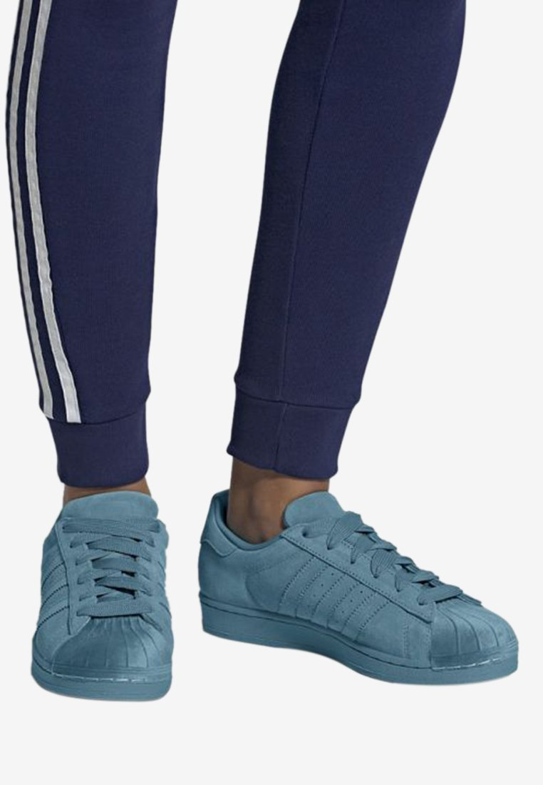 adidas Originals - SUPERSTAR SHOES - Sneaker low - blue