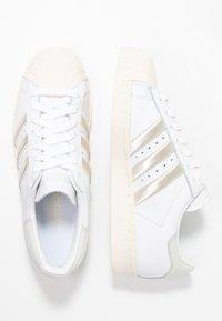 adidas Originals - SUPERSTAR 80S - Sneaker low - footwear white/grey one/offwhite - 3