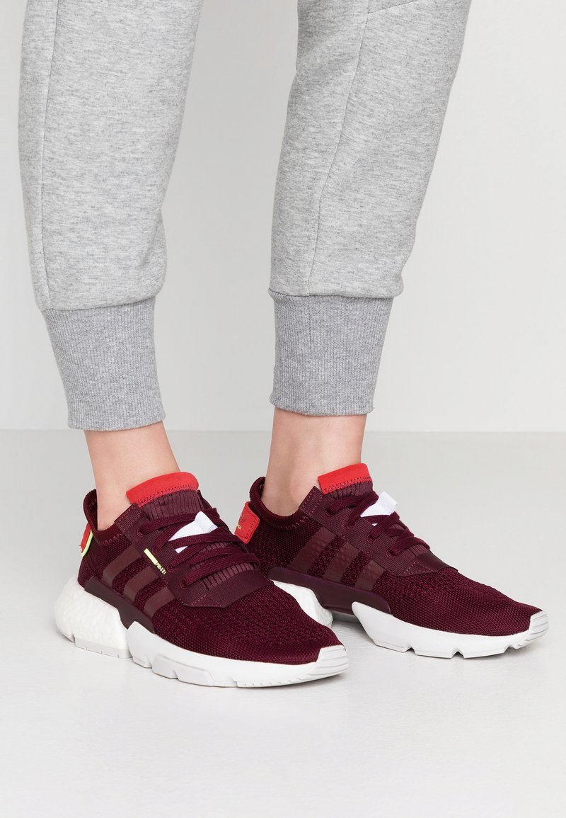adidas Originals - POD-S3.1 - Sneaker low - maroon/hi-res yellow